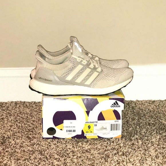 brand new a37b1 e1025 Adidas Ultra Boost (Limited Edition Tan)